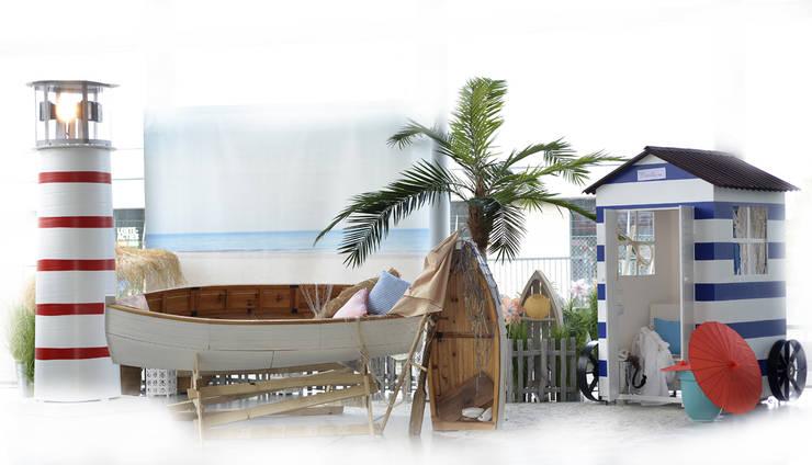 At the Beach: mediterraan Zwembad door Groothandel in decoratie en lifestyle artikelen