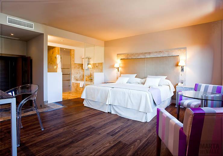 Habitación doble superior: Hoteles de estilo  de Marta del Valle