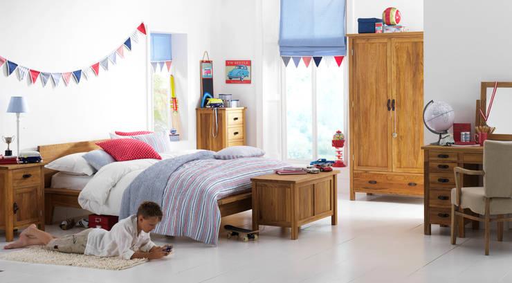 Projekty,  Pokój dziecięcy zaprojektowane przez Little Lucy Willow