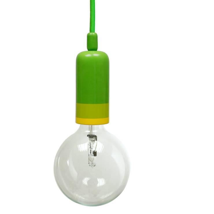 Lampa NaOprawka 3xkolor: styl , w kategorii Kuchnia zaprojektowany przez Pracownia Sztuki Użytkowej