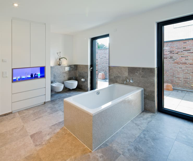 Ferreira | Verfürth Architekten의  욕실