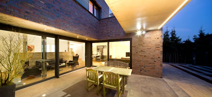 Ferreira | Verfürth Architekten의  주택