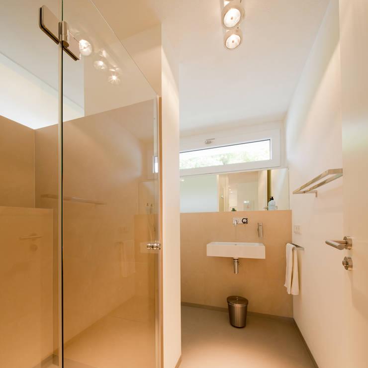 Ванные комнаты в . Автор – Ferreira   Verfürth Architekten