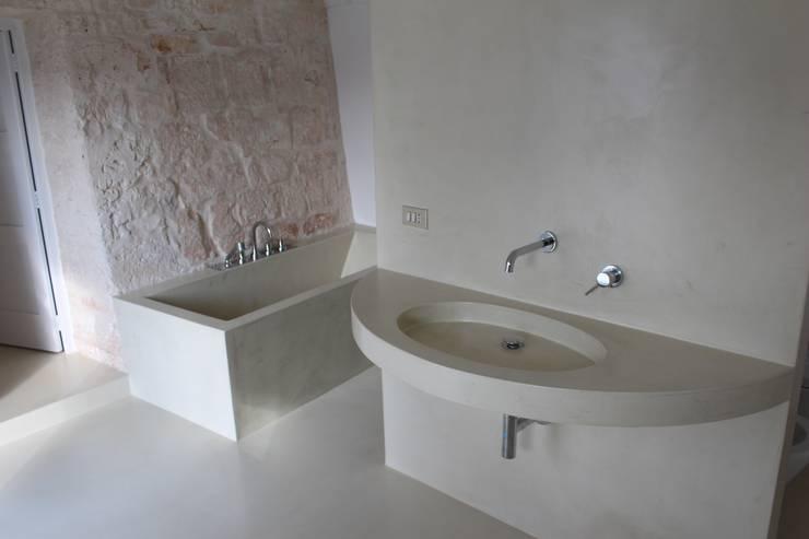 Ванные комнаты в . Автор – Antonio D'aprile Architetto