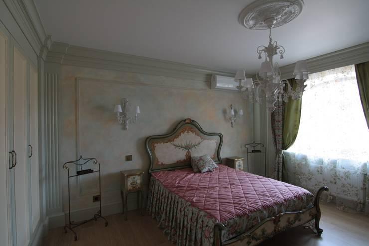 Коттедж в п. Шувакиш: Спальни в . Автор – Архитектурно-дизайнерская студия 'Арт Диалог'