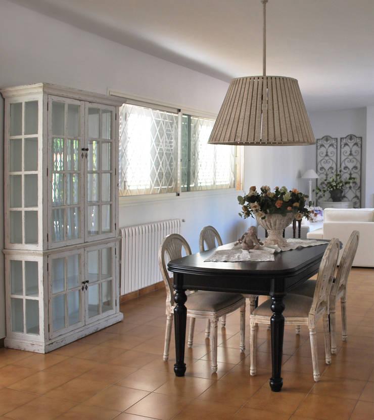 Proyecto de interiorismo y decoración: Comedores de estilo  de Vicente Galve Studio