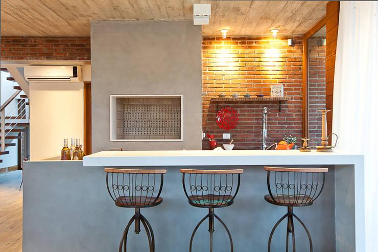 Comedores de estilo  por Seferin Arquitetura