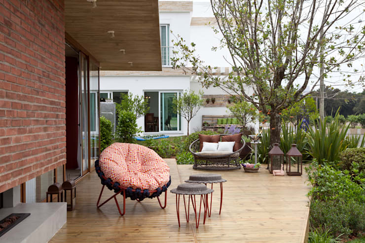 Hiên, sân thượng by Seferin Arquitetura