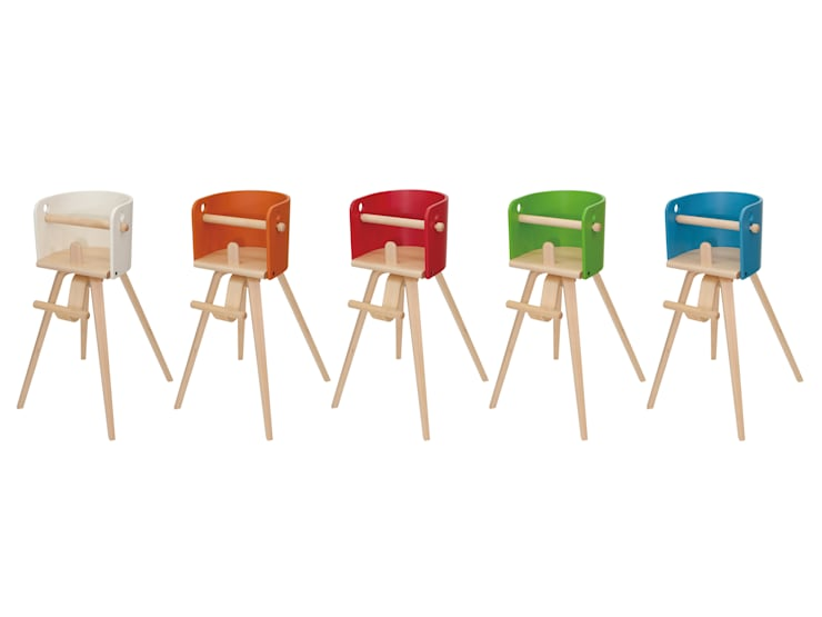 CAROTA-chair(SC-07H): 佐々木デザインインターナショナル株式会社が手掛けたリビングルームです。