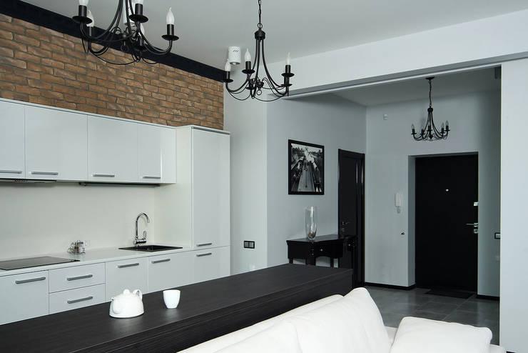 столовая: Кухни в . Автор – anydesign, Лофт