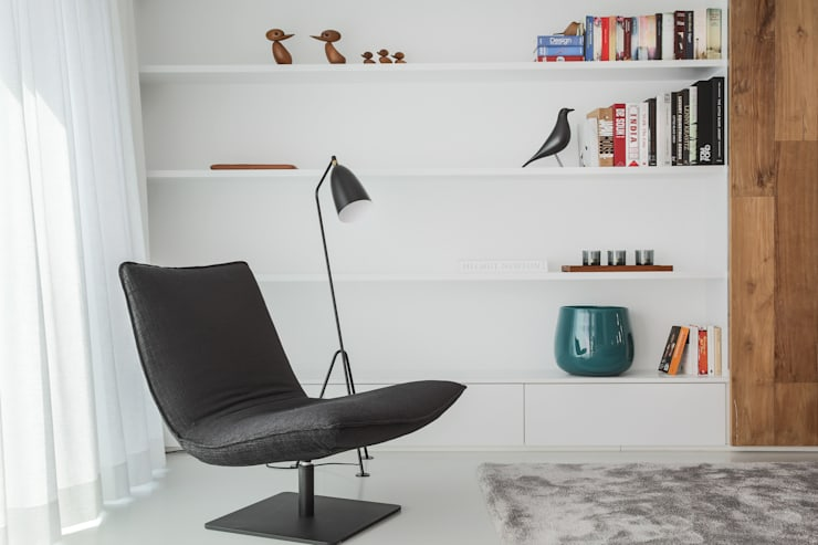 minimalistic Study/office by GIASIL