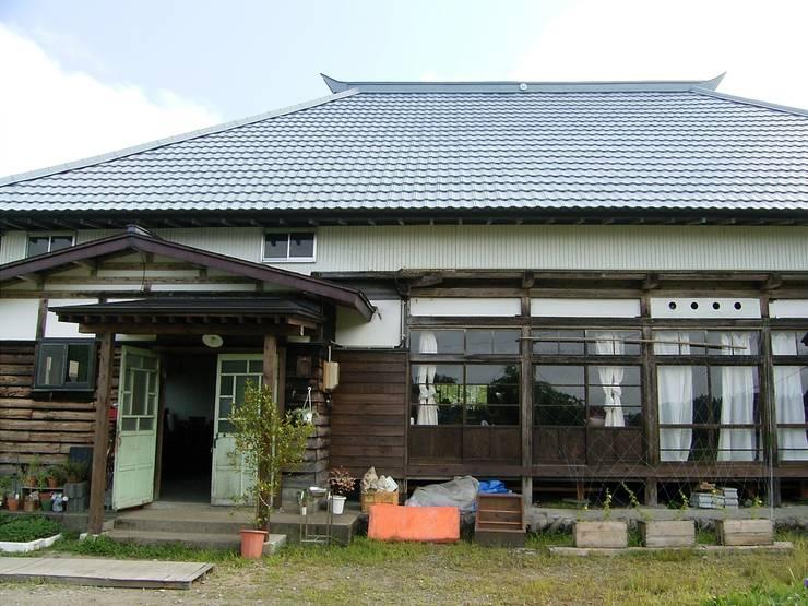 森の家 外観(after): 井上貴詞建築設計事務所が手掛けたです。