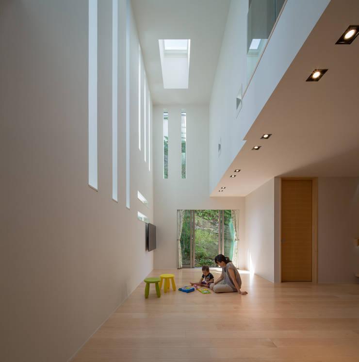 Architect Show Co.,Ltd: modern tarz , Modern