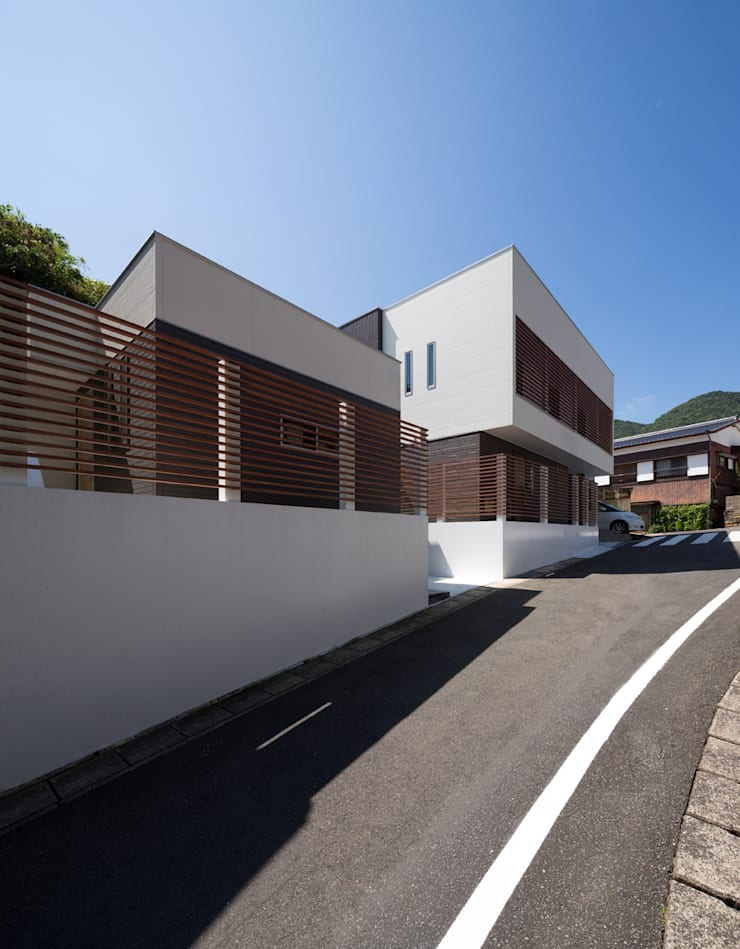 Y2-house・Y3-house「縦と横の家」: Architect Show co.,Ltdが手掛けたです。,