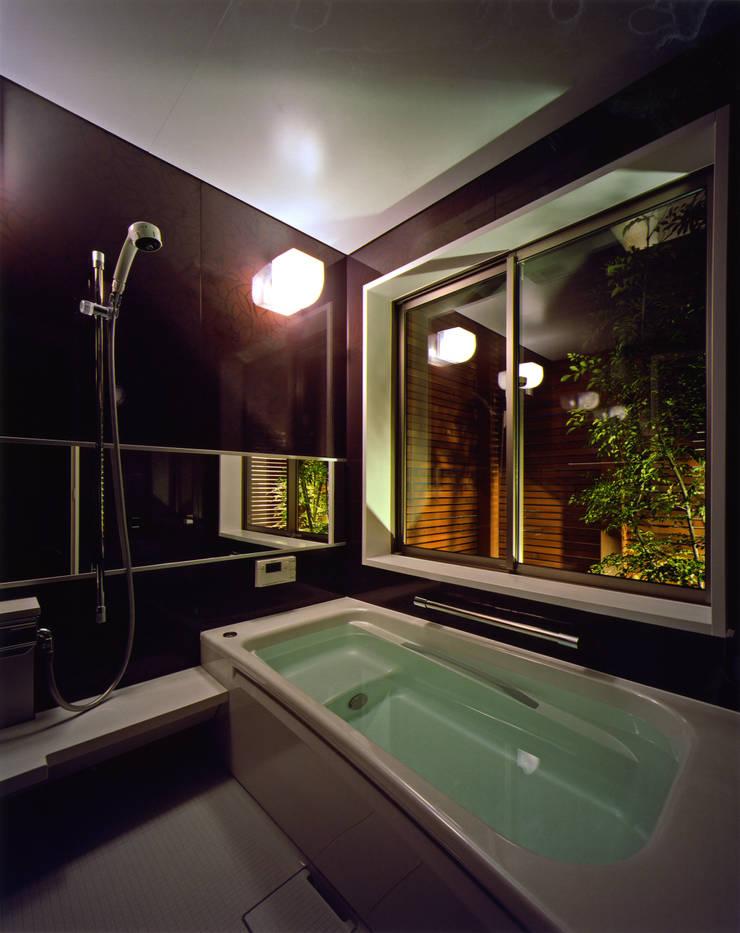 N2-house 「切抜かれた家」: Architect Show co.,Ltdが手掛けたです。