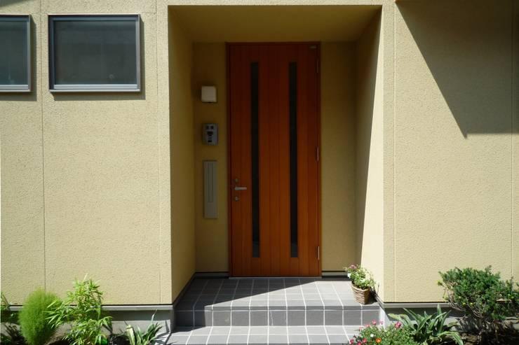 エントランス: 石井設計事務所/Ishii Design Office が手掛けた家です。
