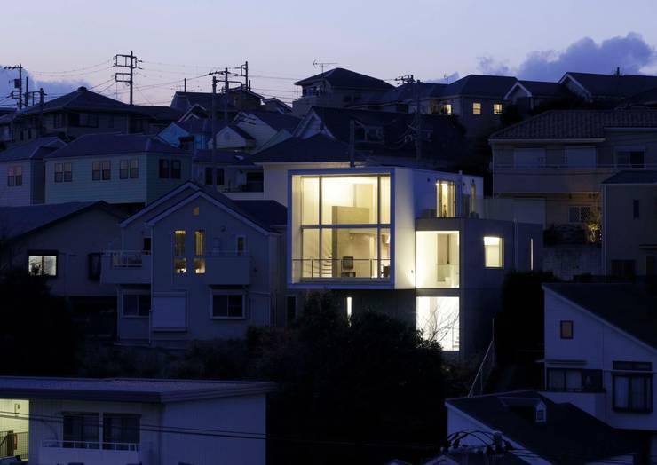 夕景: オザワデザイン一級建築士事務所が手掛けたです。,