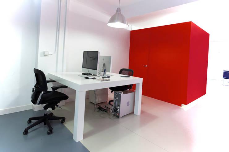 PLANILANDIA estudiocincocincouno_Santander 2010: Estudios y despachos de estilo  de estudio551