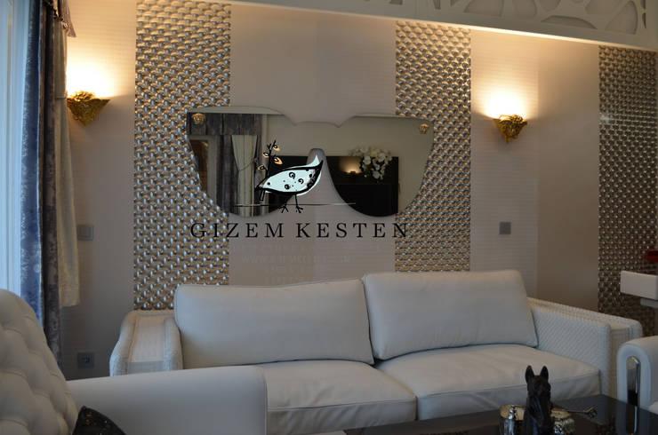 Gizem Kesten Architecture / Mimarlik – VERSACE MOBILYALAR:  tarz Oturma Odası, Modern