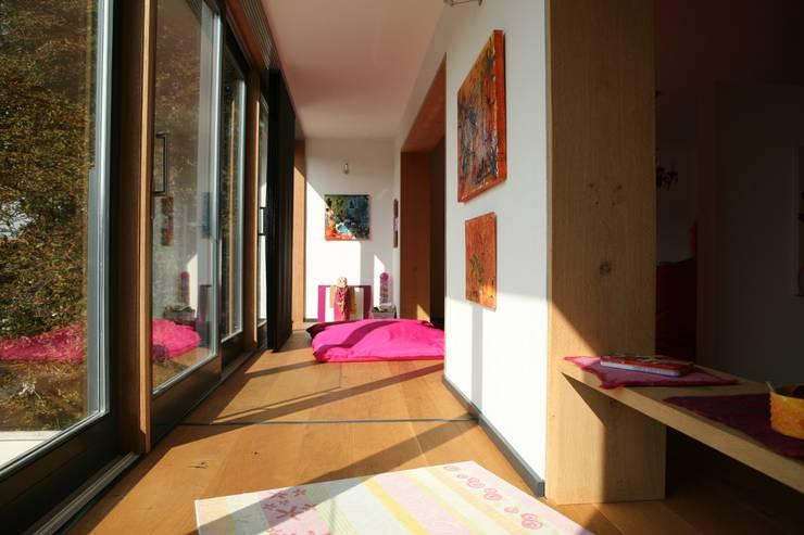 modern Nursery/kid's room by Architekturbüro Kirchmair + Meierhofer