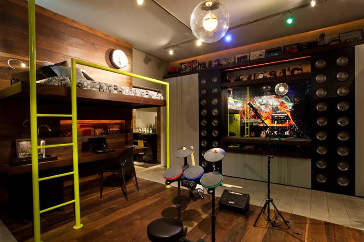 Moderne Kinderzimmer von studio scatena arquitetura Modern