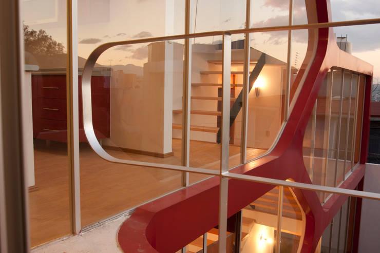 ATZ Living Balcones y terrazas modernos de Craft Arquitectos Moderno