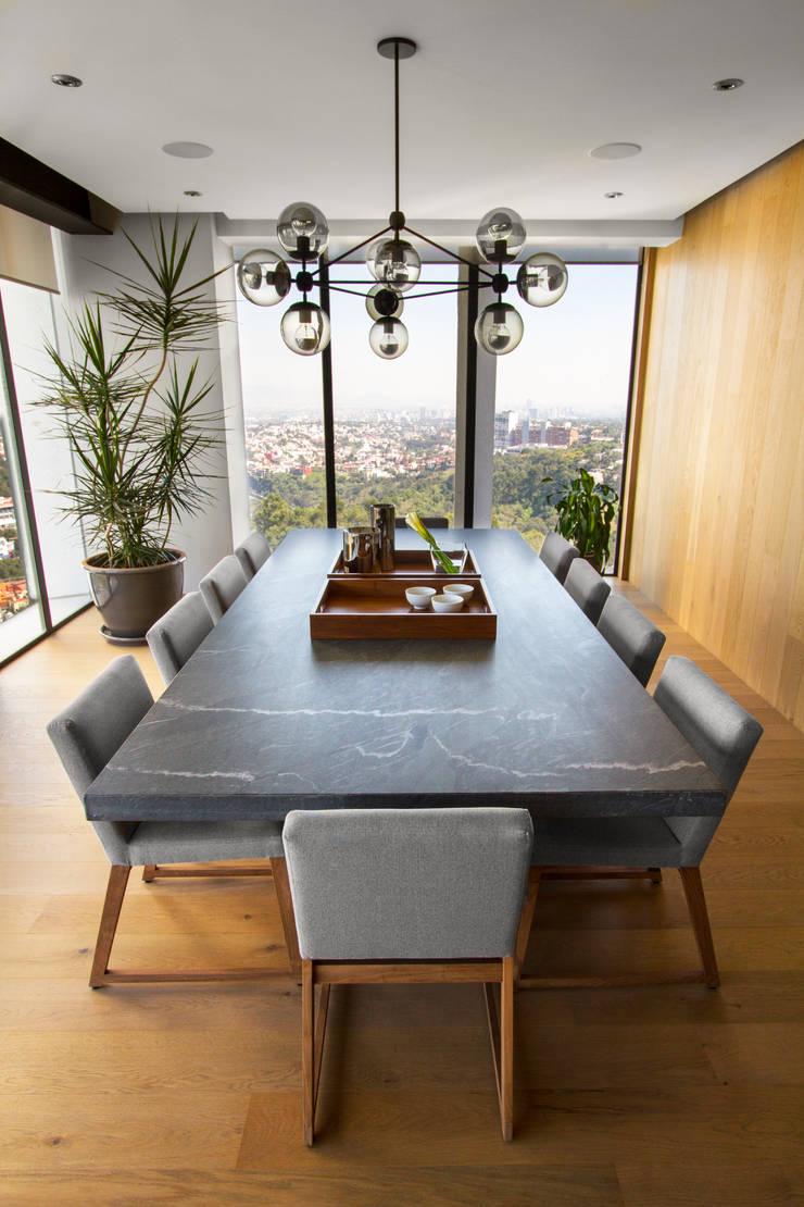 Departamento DG: Comedores de estilo  por Concepto Taller de Arquitectura