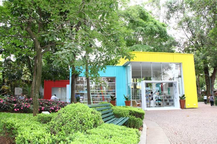 Centros de exhibiciones de estilo  por Marcos Contrera Arquitetura & Interiores
