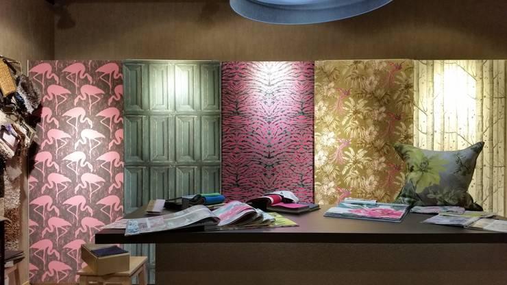 Papeles Exposición en Tienda: Paredes de estilo  de El Mundo del Papel Pintado