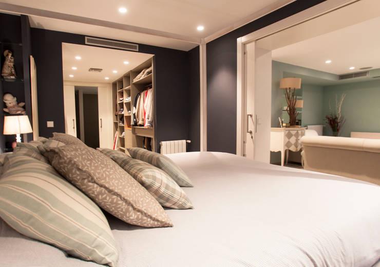 Decoración elegante para mi casa en Valencia: Dormitorios de estilo  de Estatiba construcción