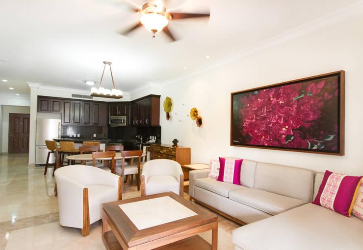 Hotel Estrella del Mar Resort Mazatlan: Hoteles de estilo  por CASA MÉXICO