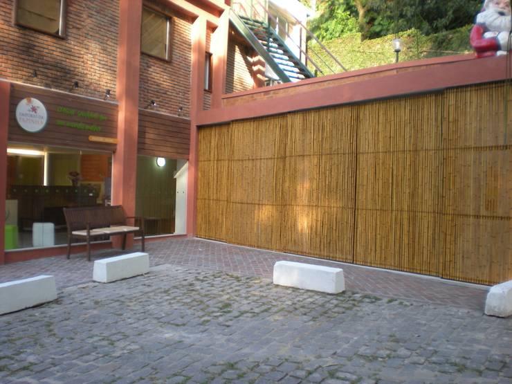 Centros Comerciales de estilo  por Bambu Rei Eco-Design
