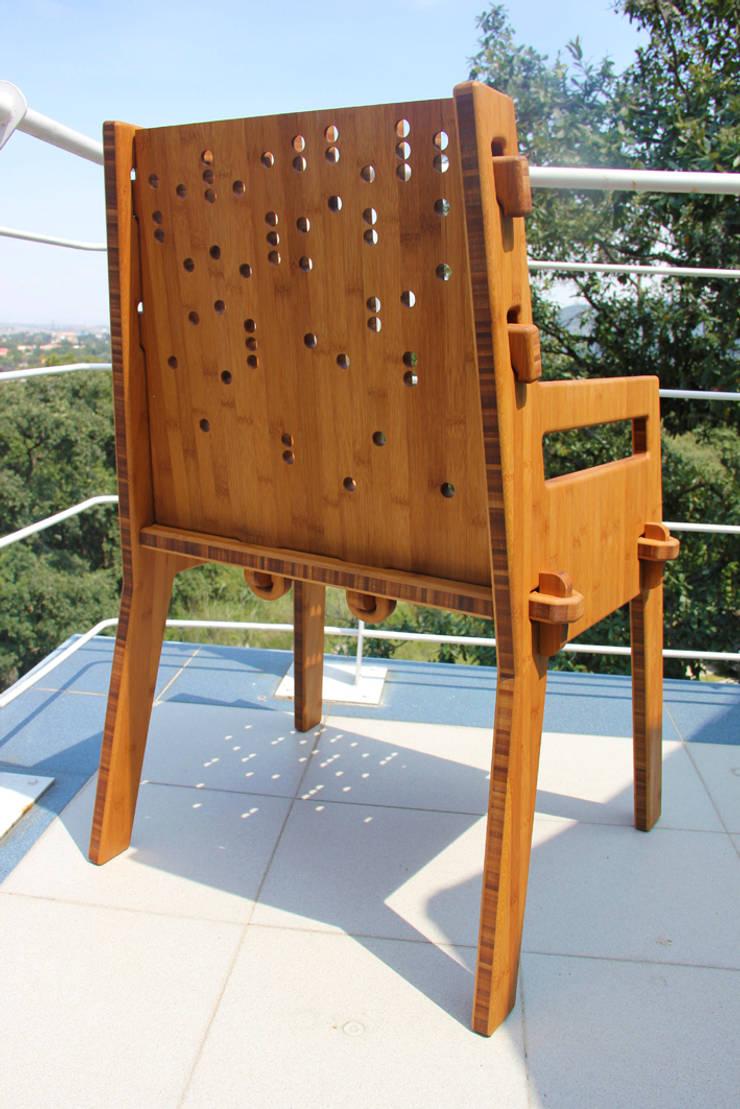 Vista posterior de Wedgewood Furniture Moderno