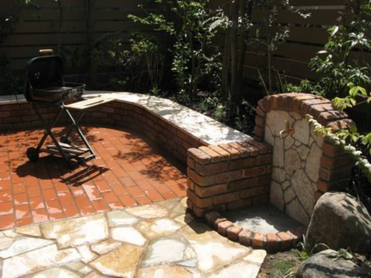 立水栓: アーテック・にしかわ/アーテック一級建築士事務所が手掛けた庭です。