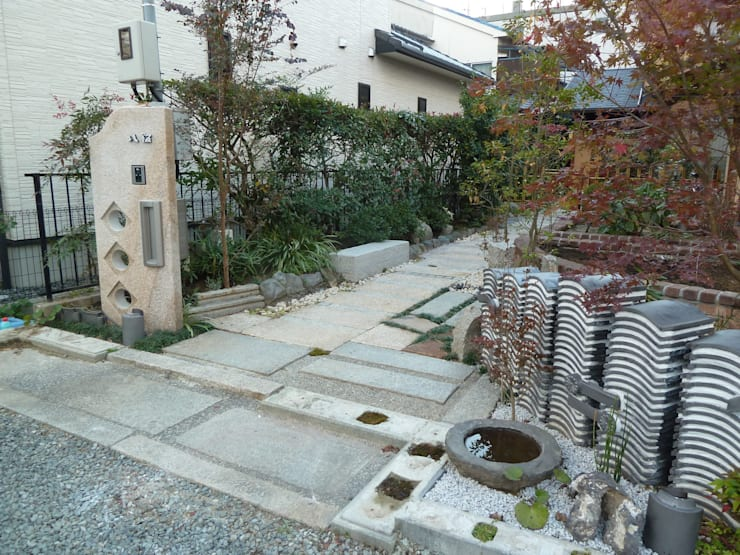 門周り: アーテック・にしかわ/アーテック一級建築士事務所が手掛けた庭です。