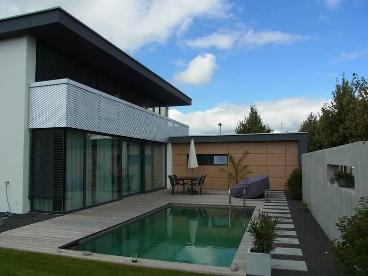 minimalistic Garden by Firma