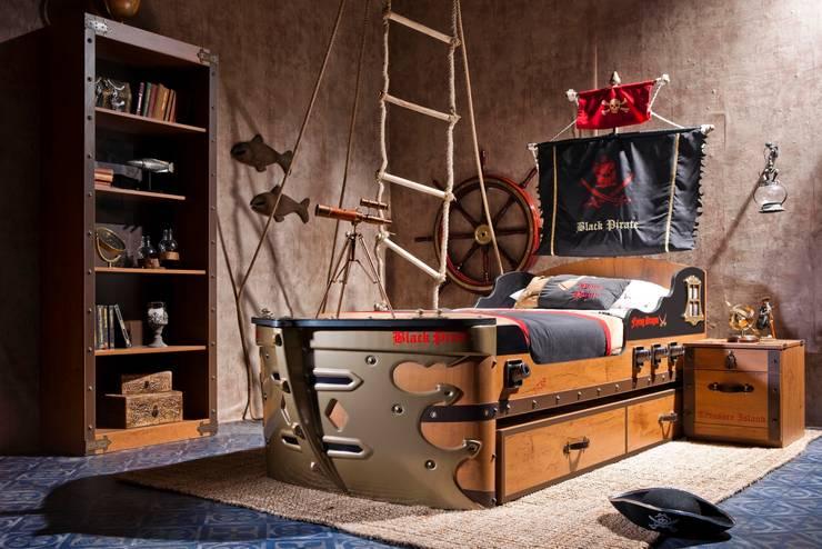 Dormitorios de estilo  por CILEK
