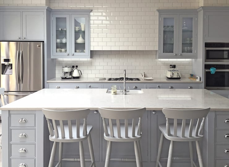Kitchen by Simon Benjamin Furniture