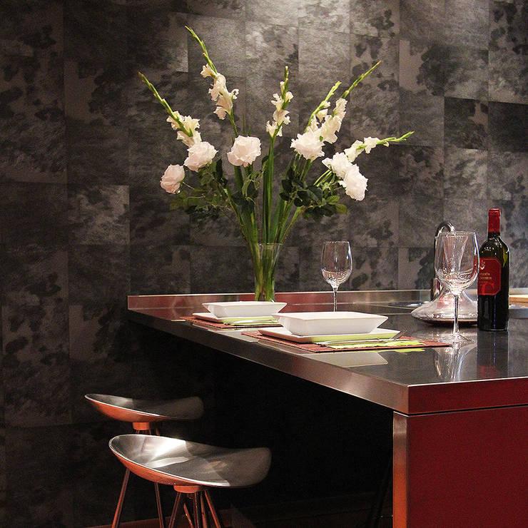 Combinación de texturas: Cocina de estilo  de XTe Interiorismo