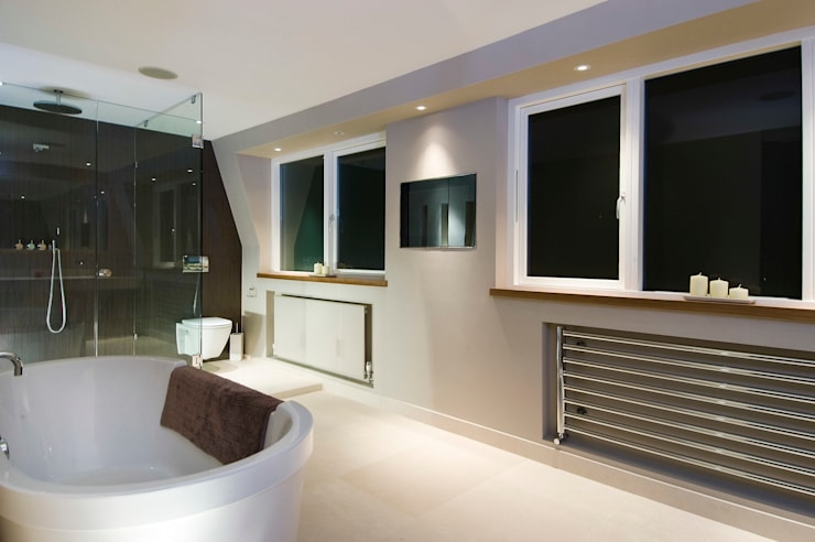 Renovation of a Mews House central London: modern Bathroom by Saunders Interiors Ltd