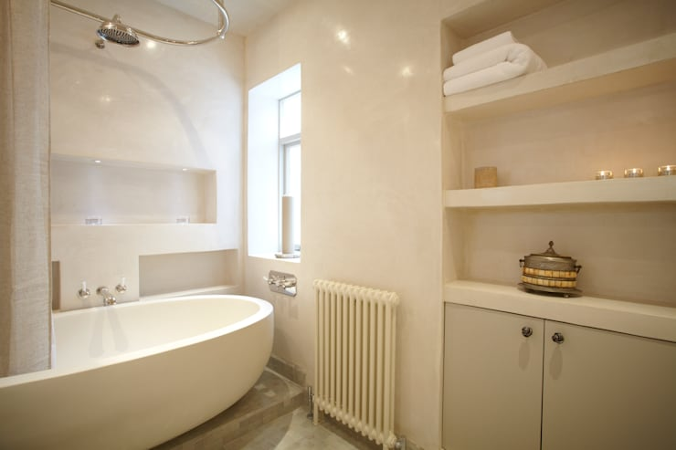 Renovation of Flat Marylebone:  Bathroom by Saunders Interiors Ltd