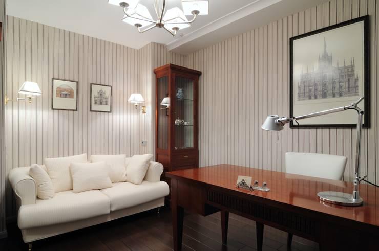 Квартира как номер-сьют в отеле.: Рабочие кабинеты в . Автор – Меречко Людмила
