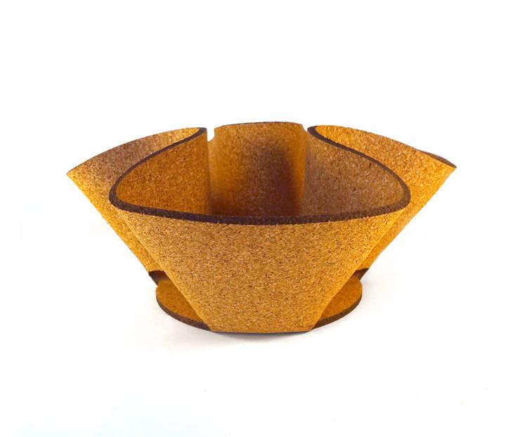 Corky bowl:  Gang, hal & trappenhuis door Tiago Sa da Costa Studio