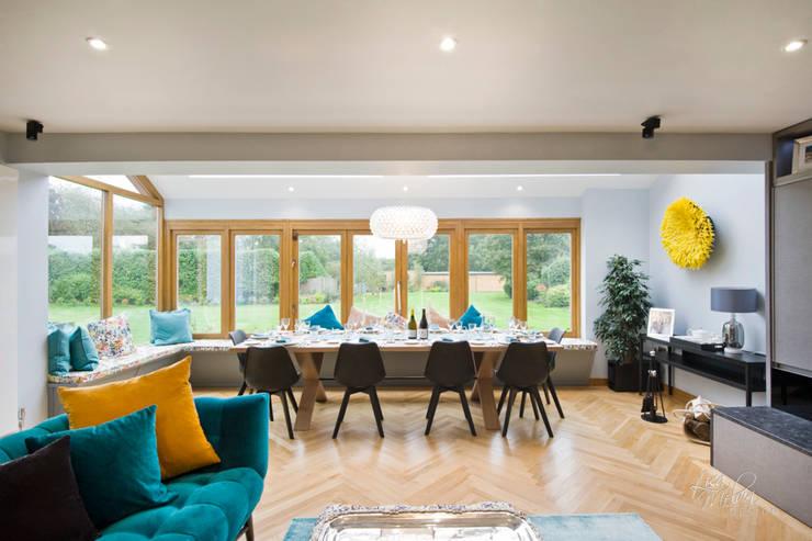 Living & Dining Room:  Dining room by Lisa Melvin Design