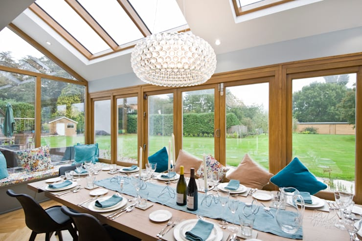 Countryside Retreat - Living Space:  Dining room by Lisa Melvin Design