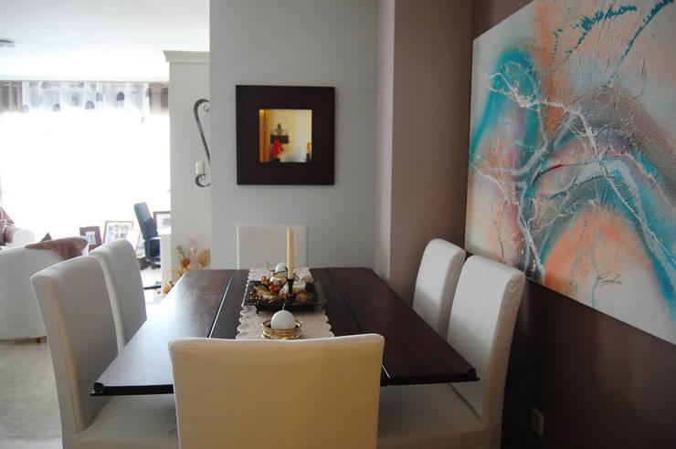 Piso en Madrid: Comedor de estilo  de MGC Diseño de Interiores
