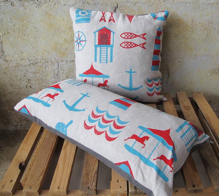 Anna Bird Textiles의  가정 용품