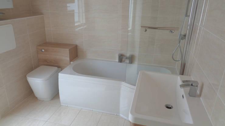 moderne Badkamer door Coventry Bathrooms
