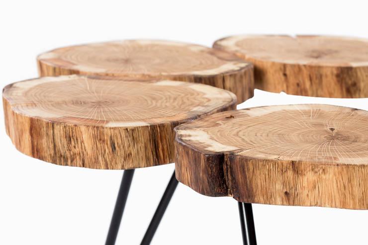 Stolik kawowy z drewna dębu. Onetree 5.: styl , w kategorii Salon zaprojektowany przez Onetree