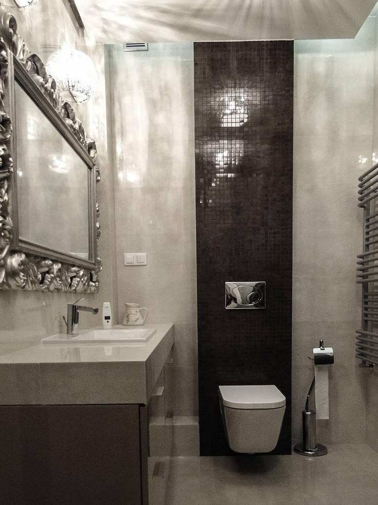 klasyczne mieszkanie w zabytkowej kamienicy: styl , w kategorii Łazienka zaprojektowany przez Inspiration Studio,